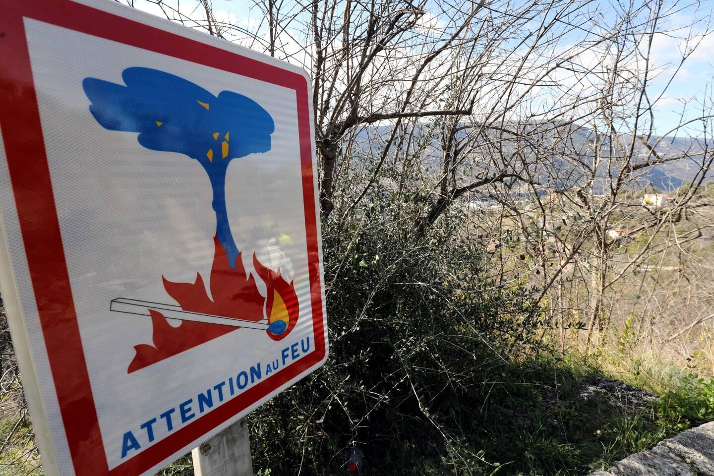 Nouveau départ de feu sur le camp de Canjuers.