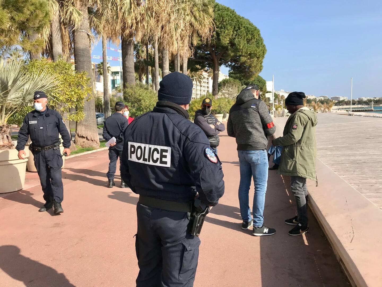 Avant Grasse en soirée, c'est la Croisette qui a fait l'objet de toutes les attentions policières.