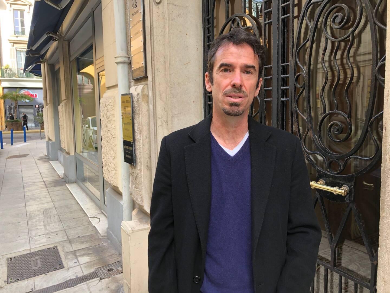 Sébastien Roy ne peut voir son enfant que de manière sporadique en Ouzbékistan, à 5000 km de Bonson. Il vient de déposer plainte avec constitution de partie civile à Nice.