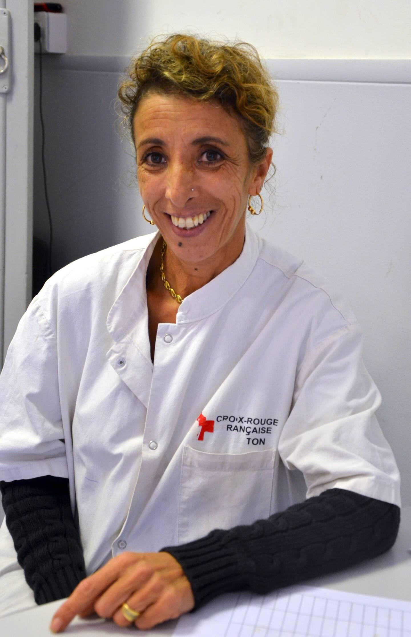 Khadra Guillot, responsable du pôle social de la Croix-Rouge française.