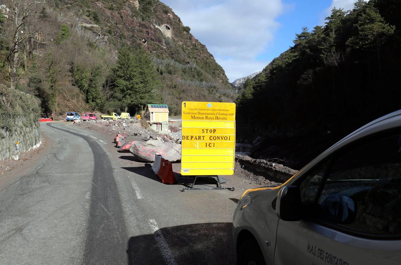 Seul le convoi du midi est maintenu. Hors horaires de chantier, la circulation peut s'effectuer en mode alterné.