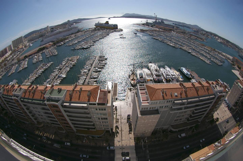 Les faits se sont déroulés ce lundi sur le port de Toulon.