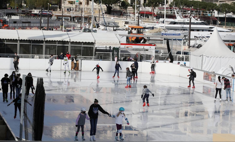 La journée du 29 décembre 2020 a été celle qui a attiré le plus de monde sur la glace avec 854 entrées.