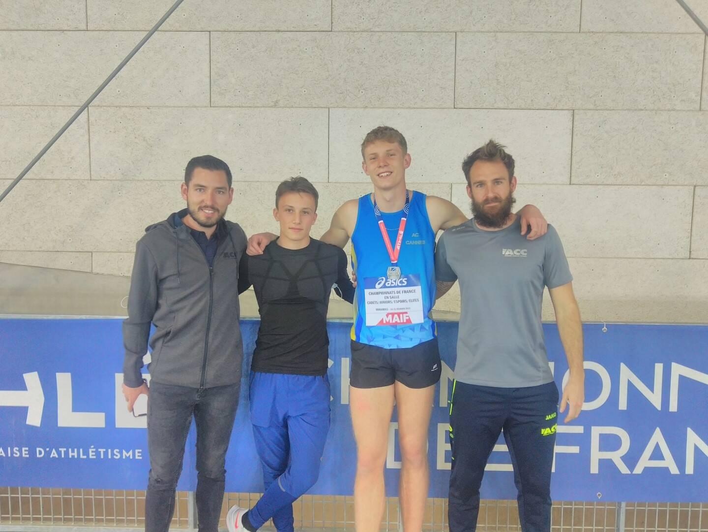 Sébastien Franck (coach), Jérôme Tramonti, Sacha Rifflart et Anthony Santerre (coach).