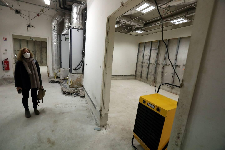 Françoise Leonelli, la conservatrice en chef, dévoile le sous-sol convalescent du musée, désormais assaini par un déshumidificateur.