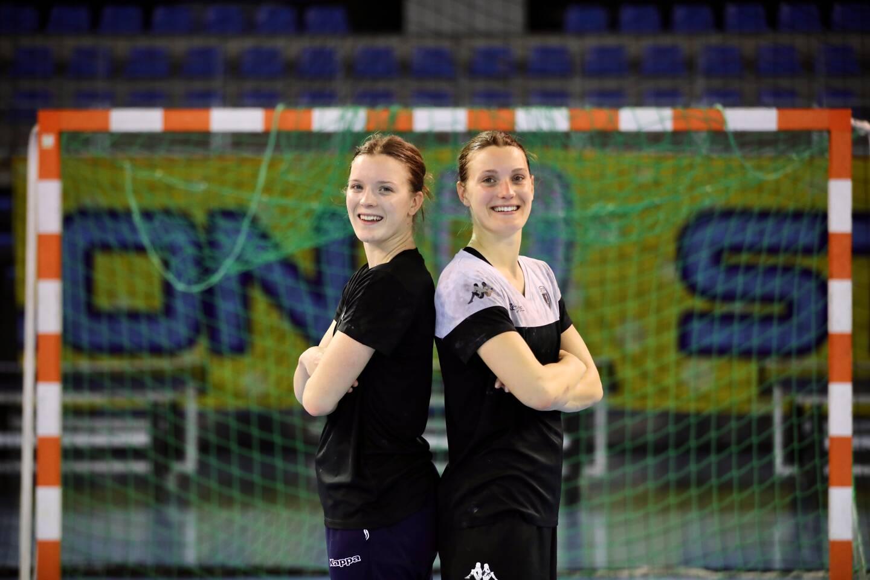 Maria (18 ans, 1,70m) et Anna (20 ans, 1,74m) Berger-Wierzba ont déjà évolué dans les équipes nationales espoirs du Danemark. Chez les seniors, les sœurs ont la même idole: la demi-centre norvégienne Stine Oftedal.