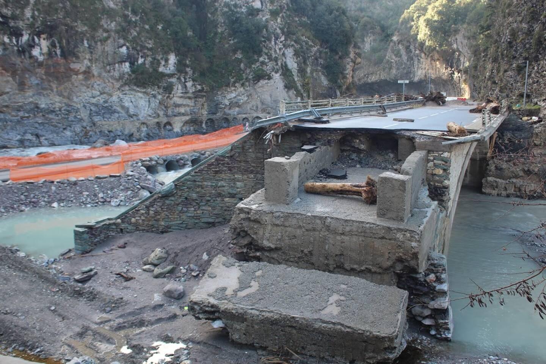 Le Pont d'Ambo bénéficiera d'un ouvrage provisoire, puis d'un pont définitif d'ici la fin du deuxième trimestre 2022.