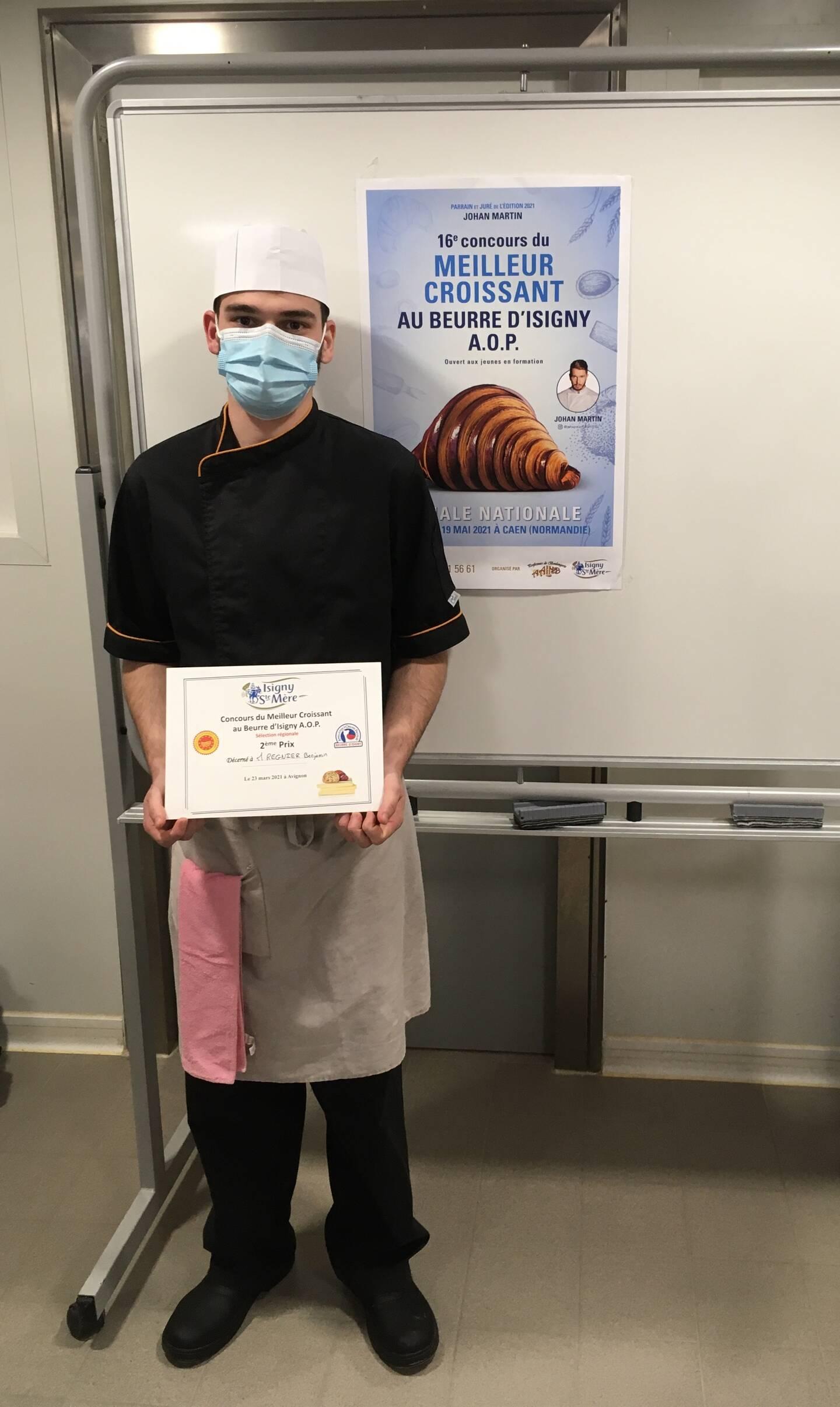 Benjamin Regnier a remporté le deuxième prix de la sélection régionale Provence-Alpes-Côte d'Azur lors du concours du meilleur croissant au beurre d'Isigny. La finale nationale est prévue le 18 et 19mai.