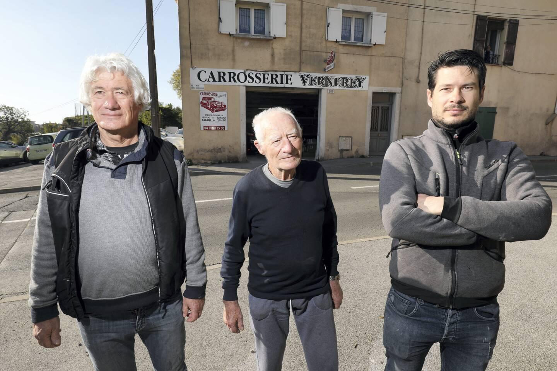 Jean-Pierre Vernerey est à la tête de l'entreprise que Charles, son père,  a bâti il y a 58 ans. D'ici deux ans, c'est Mikaël, son fils, qui reprendra la direction de la carrosserie.
