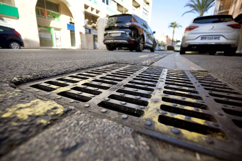 Avenue du Général-Leclerc, des travaux de redimensionnement des réseaux d'eau pluviale vont démarrer après l'été. Ils comprendront la pose d'aquacadressusceptibles de résister au débit des pluies centennales.