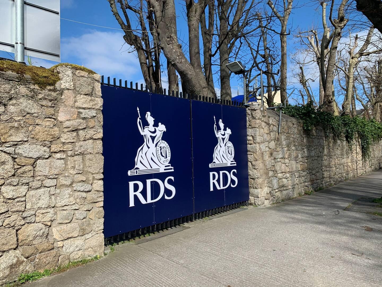 Le huitième de finale de coupe d'Europe entre le Leinster et le RCT devait se dérouler à la RDS Arena, à Dublin.