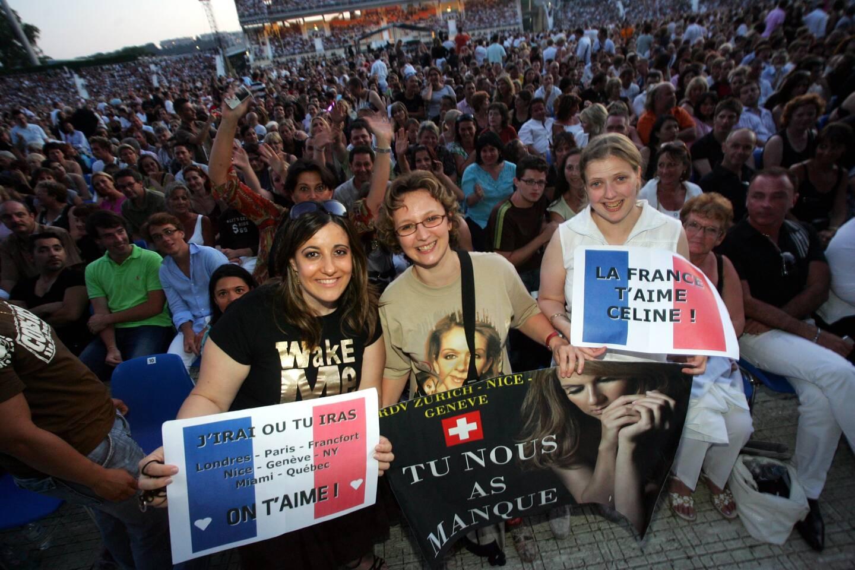 Les fans de Céline Dion lors de son concert en 2008.