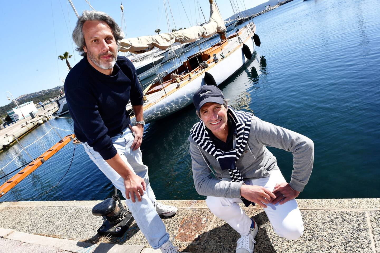François Pourcher et Stéphane Baudry, le capitaine du bateau, parmi les têtes du projet de rachat.