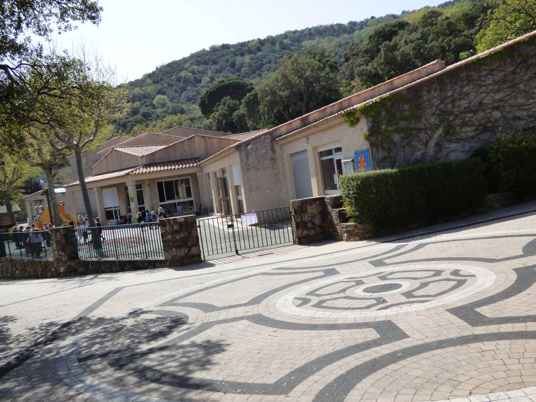 L'école Gérard-Philipe à l'aube d'une refonte énergétique.