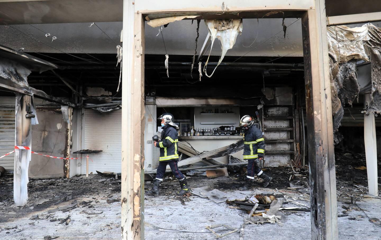 Une cinquantaine de pompiers ont lutté contre les flammes.