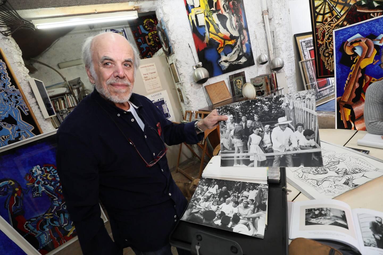Dans sa villa atelier à Mougins, Gérard Sassier nous avait montré ses photos d'enfance en compagnie de Pablo Picasso.