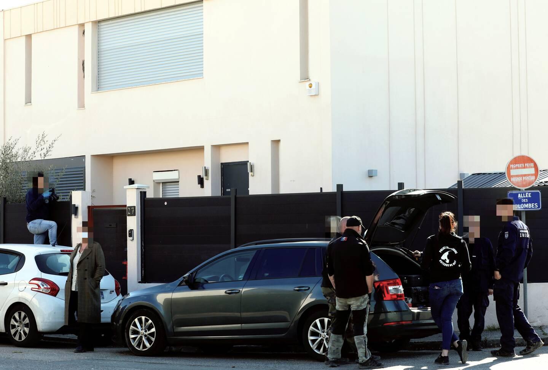 Policiers et gendarmes spécialisés ont été requis pour effectuer des fouilles mardi, sans doute à la recherche d'un corps…