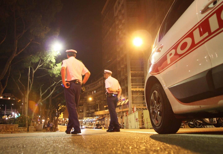 Les hommes de la Sûreté publique ont découvert dans la voiture du prévenu un véritable arsenal.