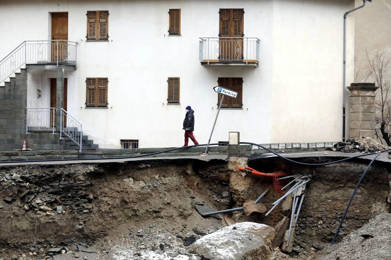 Dans la Roya (ici à Tende) et plus encore dans la Vésubie, l'élargissement du lit des cours d'eau change la donne de l'urbanisme futur.