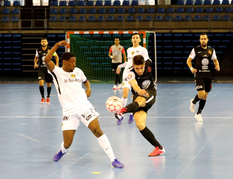 Le TEF (ici en noir contre Nantes) s'est imposé avec trois buts d'écart ce samedi sur le terrain du Sporting club Paris.