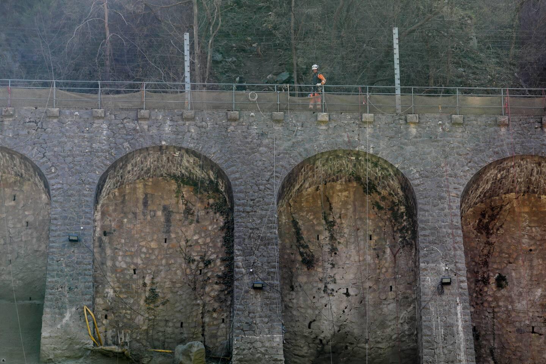 Le mur à arcatures de Fontan a donné du fil à retordre aux équipes de SNCF Réseau.