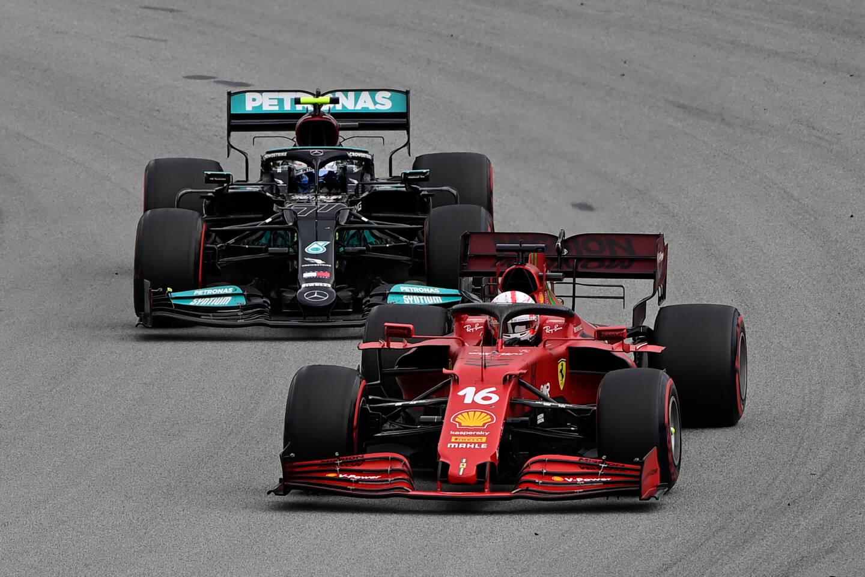 Charles Leclerc a surpris Valtteri Bottas peu après le départ.
