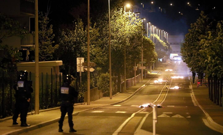 Depuis jeudi soir, la tension entre forces de l'ordre et jeunes délinquants de la Frayère est palpable à Cannes.