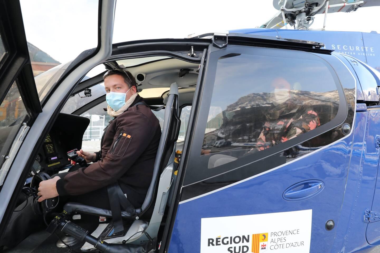 Xavier Idiart après un atterrissage à Tende, en janvier dernier.