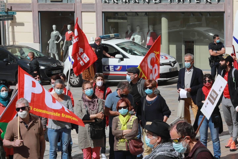 Plusieurs organisations politiques, associatives et syndicales étaient à l'origin du rassemblement.