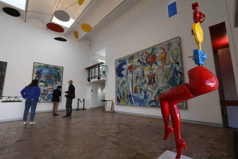 """Autour de l'éternelle """"La Vie"""" de Chagall, près de 300 œuvres rarement exposées."""