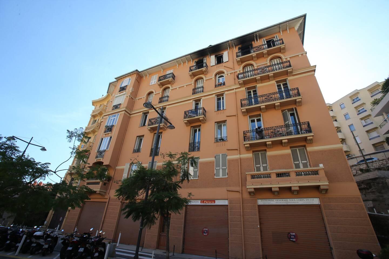 L'appartement, au quatrième étage de cet immeuble, avenue d'Alsace à Beausoleil avait été entièrement détruit par les flammes.