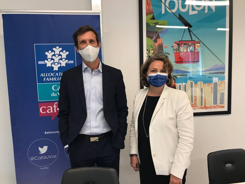Julien Orlandini, directeur de la Caf du Var et Agnès Basso-Fattori, directrice générale déléguée de la caisse nationale, à Toulon le 21 mai. (Photo So. B.)