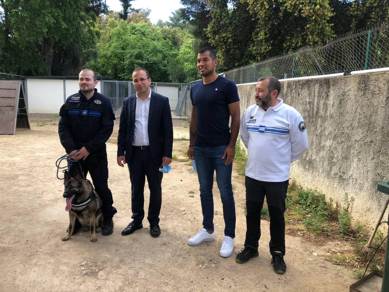 Walter Benitez, le gardien de but de l'OGC Nice, a fait don de son jeune berger allemand à la brigade cynophile de la Ville de Nice.
