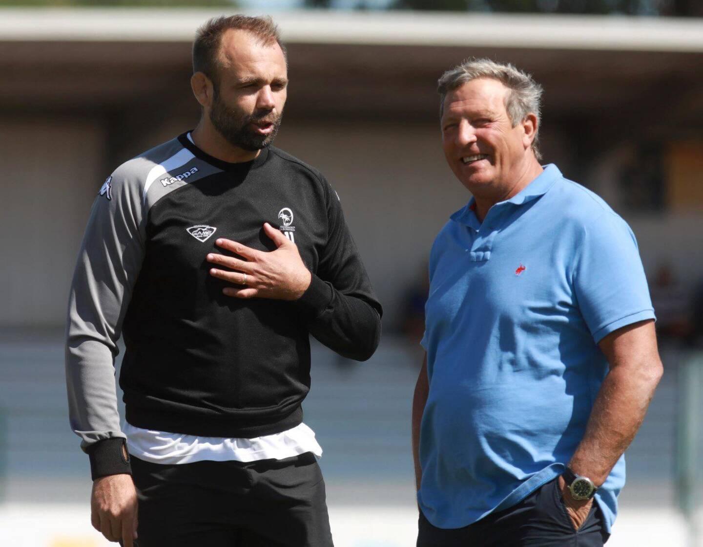 Greg Le Corvec, manager général du RCHCC, ici avec son président Alain Brenguier, ne rejoindra pas Lyon comme entraîneur des avants en Top 14.