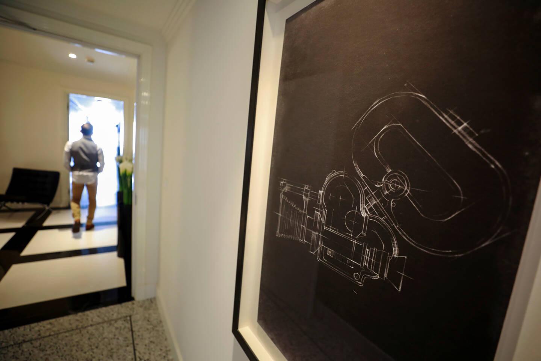 CANNES, le 07/06/2021, L'hôtel Martinez ouvre une suite majestueuse au dernier étage, portant le nom d'Isabelle HUPPERT et de Thierry FREMAUX, délégué général du Festival de Cannes. Un shooting photo a été organisé en leur présence. papier Alexandre CARINI (MaxPPP TagID: maxmatinarch670180.jpg) [Photo via MaxPPP]