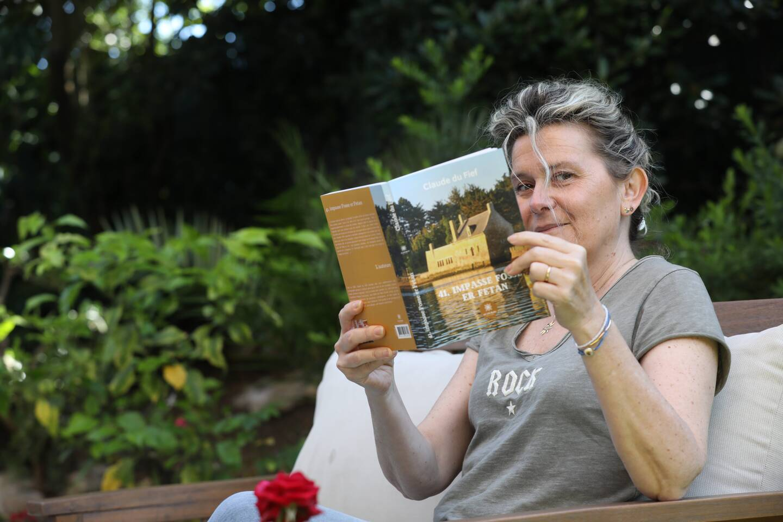 Anne Parachini publie les écrits de sa mère (en médaillon) à titre posthume, une jolie déclaration d'amour.