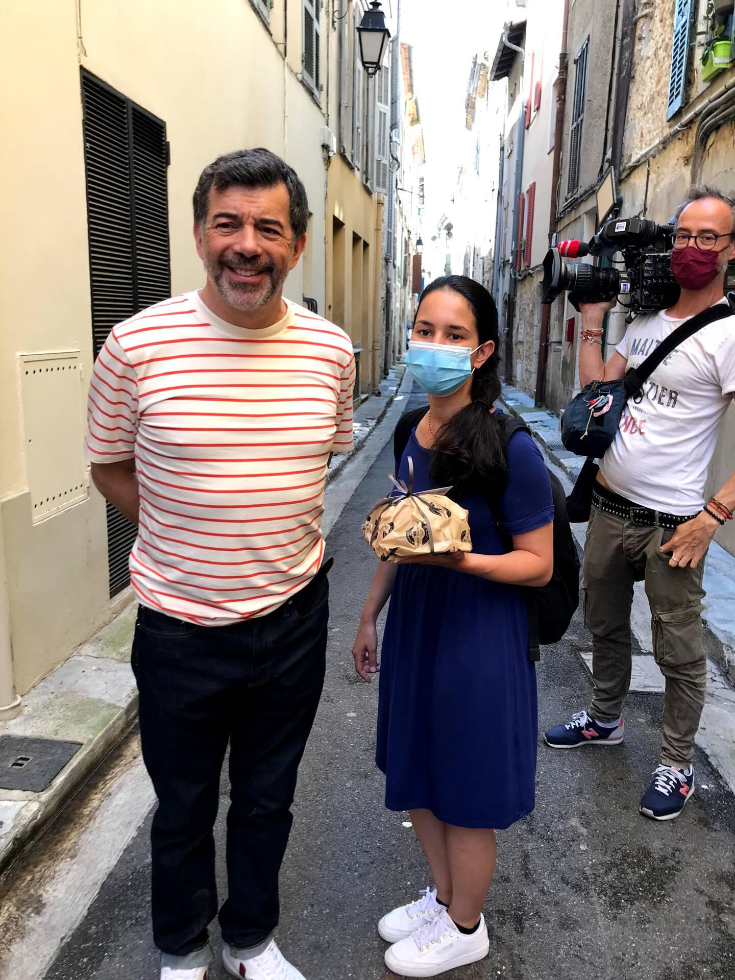 Ce mercredi, l'agent immobilier le plus connu de France a fait escale à Vence.