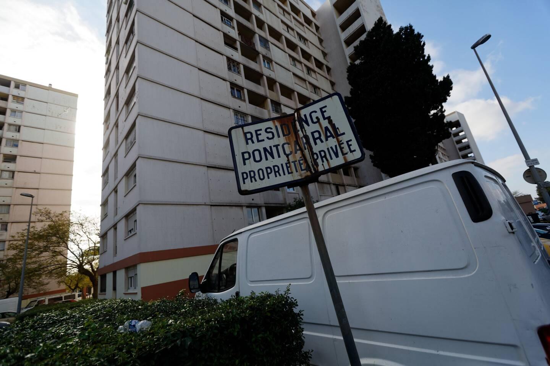 """La résidence Pontcarral est comparée à un """"supermarché de la drogue"""" à Toulon. Les opérations de policière y sont régulières. (Photo doc D.L.)"""