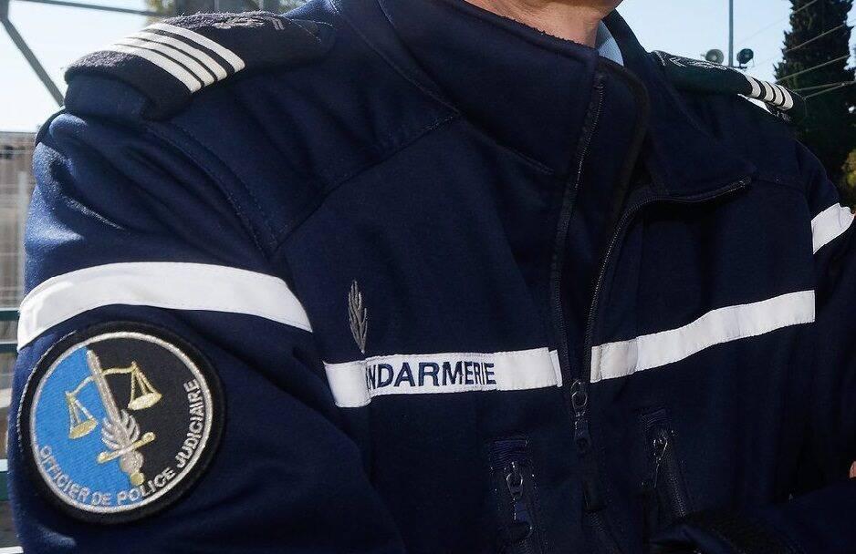Un faux gendarme prié d'aller se rhabiller par de vrais policiers à Nice