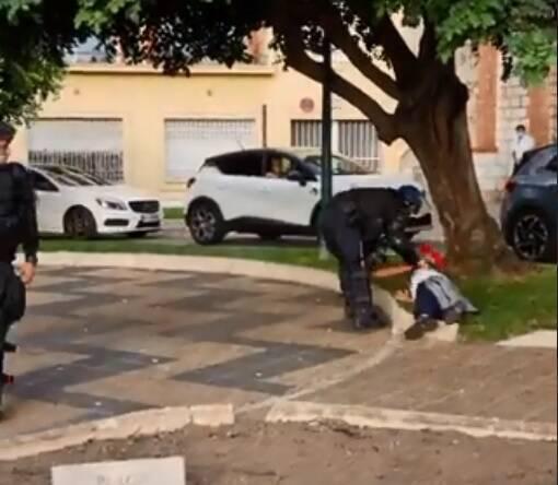 Malaise d'un ado lors de la manifestation anti-pass à Nice: une vidéo de l'intervention de la police dévoilée