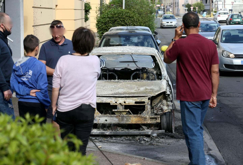 Les riverains ne peuvent que constater les dégâts occasionnés par ces violences urbaines.