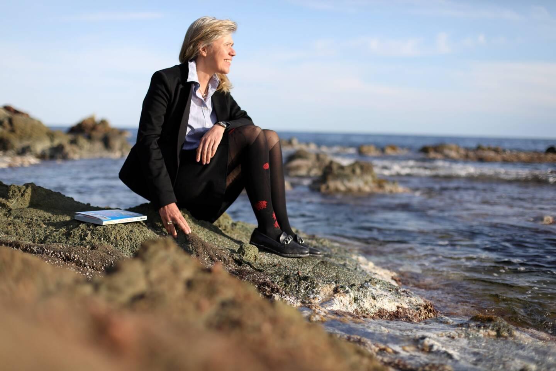 Anne Joncheray, archéologue, livre ses découvertes sous-marines à Fréjus et Saint-Raphaël.