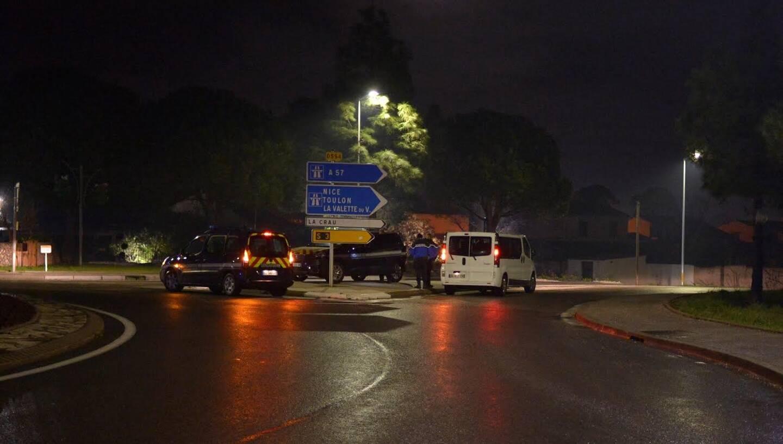 Les forces de l'ordre mobilisées à La Farlède jeudi soir.