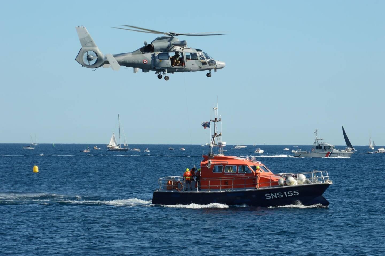 Une démonstration de sauvetage réalisé conjointement avec la SNSM.
