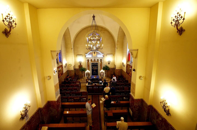 Une vue de l'intérieur de la synagogue de Cannes (illustration).