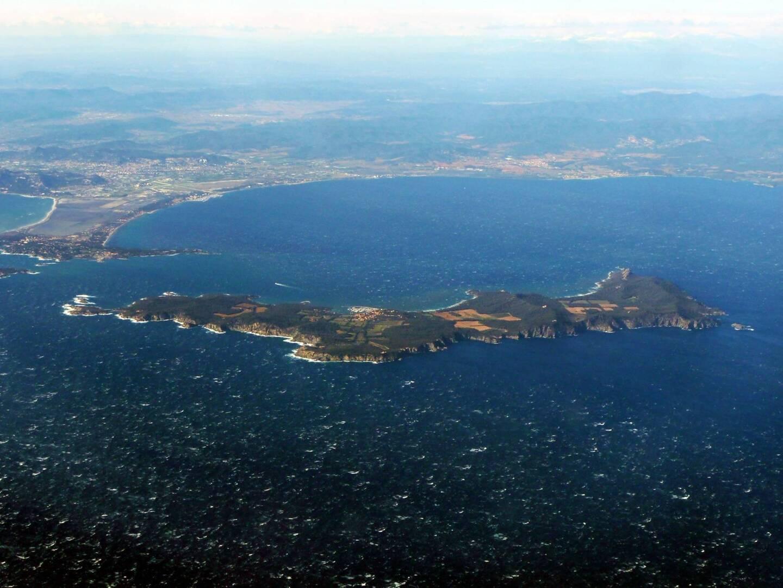 L'épicentre d'un petit séisme a été localisé tout près de l'île de Porquerolles la nuit dernière.