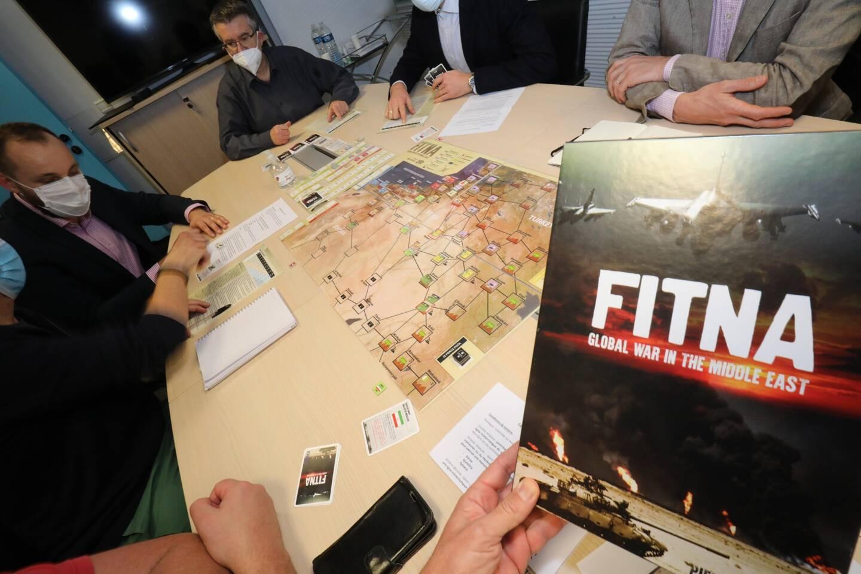 Nul besoin d'être un expert en géopolitique pour jouer au wargame Fitna.